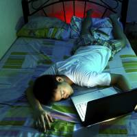Overuse of mobile gadgets hampers students' ability to study, sleep
