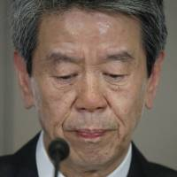 Toshiba president apologizes to shareholders for accounting crisis