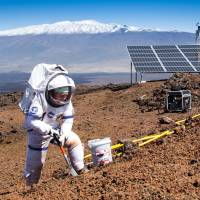 In test to simulate Mars, scientists emerge from isolated Hawaiian dome