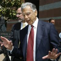 Billionaire Kirk Kerkorian, who helped turn Vegas into gambling mecca, dead at 98