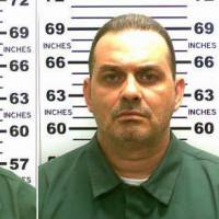 Escaped murderer fatally shot in upstate New York; another still on the run