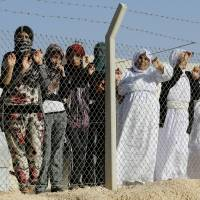 Islamic State sold 42 Yazidi females, some with kids, to fighters in Syria, monitor reports