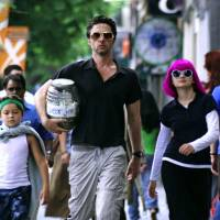 Zach Braff on the many woes of American dads and crowdfunding