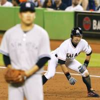 Tanaka faces Ichiro for first time; Yanks fall to Marlins