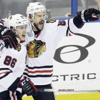 Blackhawks hoping to clinch Stanley Cup on home ice