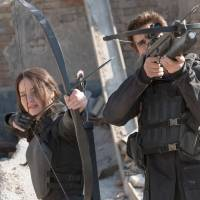 'Mockingjay' rises toward a revolution