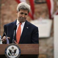 Delays by Tehran lead Kerry to threaten to quit Iran nuke deal talks