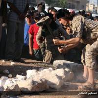 Islamic State militants claim to destroy 'smuggled' Palmyra artifacts
