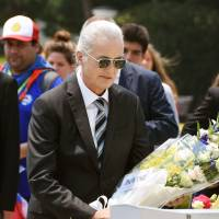 Led Zeppelin's Jimmy Page pays tribute to Hiroshima A-bomb victims