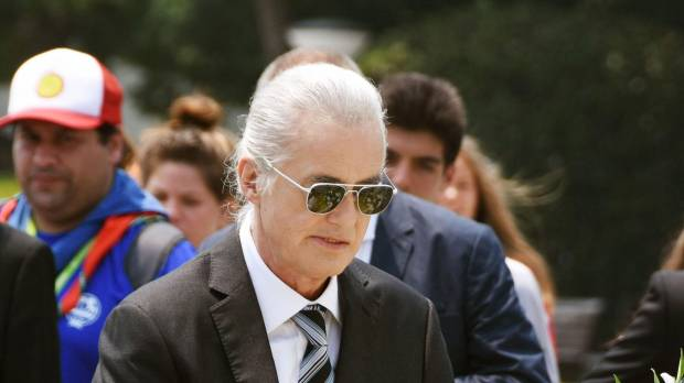 Jimmy Page pays tribute to Hiroshima A-bomb victims