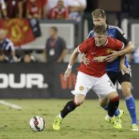 Van Gaal lets rip after United beats Earthquakes