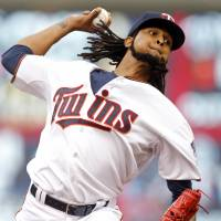 Twins stage frantic rally in ninth