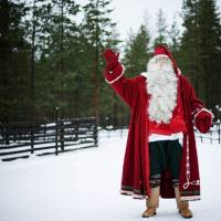 Finland's Santa center goes bust as Russian visitors slide