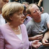 Report says Merkel will run for fourth term in 2017
