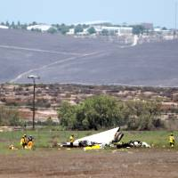 Midair collision of two small planes claims three near San Diego