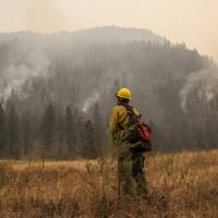 Volunteers from Down Under 'happy to help' fight Pacific Northwest wildfires