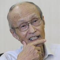 Aging hibakusha pass on witness accounts to younger storytellers