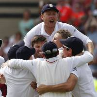 England regains Ashes from Australia