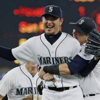 Iwakuma no-hits Baltimore, joins Nomo in record books