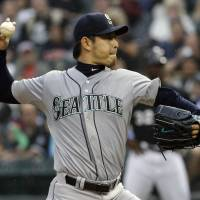 Iwakuma digs deep to earn sixth win