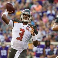 Winston has mixed debut for Bucs