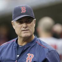 Farrell says he has cancer