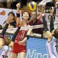 Koga, Nagaoka guide Japan to victory in FIVB Women's World Cup opener against Argentina