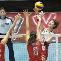 Russia edges Japan in five-set thriller