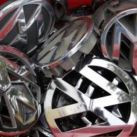Staff, supplier Bosch warned VW years ago that diesel emissions software was illegal: reports