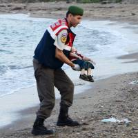 Refugee scene of horror: 12 Syrians drown, including toddler found on Turkey resort beach