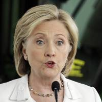 Clinton email probe so far not to lead to criminal action, legal experts say