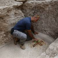 Israeli dig seeks fabled tomb of Maccabees rebels