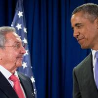Amid push against stubborn Congress to end trade embargo, Obama, Castro meet again