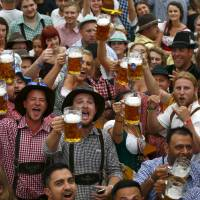 Weary of refugees, Munich  to find release in Oktoberfest