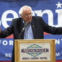 Sanders edges Clinton by 9 points in New Hampshire, poll finds