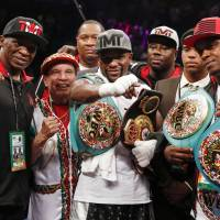 Mayweather beats Berto in final fight to remain unbeaten