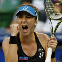 Bencic outlasts Stosur in three sets at Pan Pacific Open