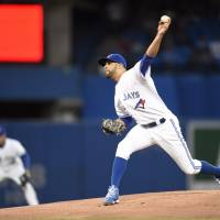 Price shines in crucial victory over Yankees