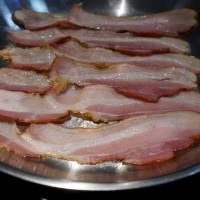 Bacon fans brush off WHO cancer warning