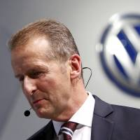 Toyota view on Volkswagen scandal: don't obsess over No. 1