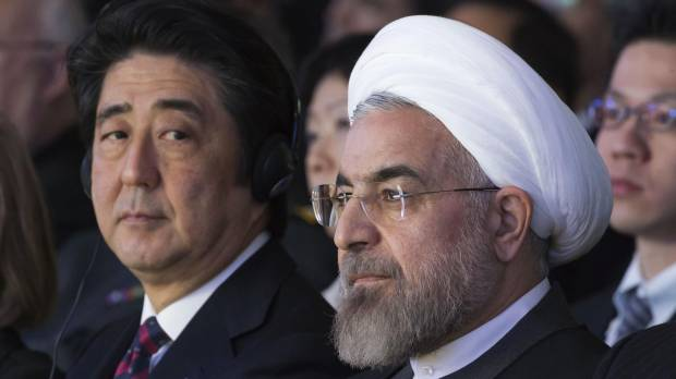 In hopes of strengthening ties, Abe may travel to Iran later this year