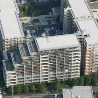 Asahi Kasei subsidiary worker linked to leaning Yokohama condo handled 41 projects over 10 years, firm reveals