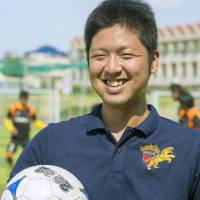 Fukuoka man becomes general manager of Cambodian soccer team, realizes boyhood dream