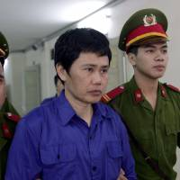 Hanoi court sends up six rail execs for graft linked to Japan ODA project