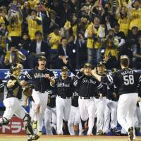 Hawks claim back-to-back Japan Series titles