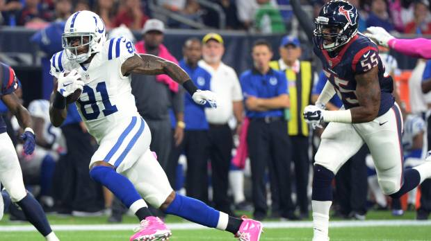 Johnson catches 2 TDs in win over Texans