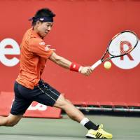 Nishikori regains composure to beat Coric at Japan Open