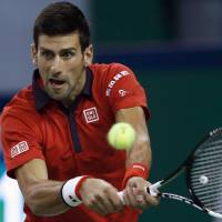 Djokovic continues run in Shanghai