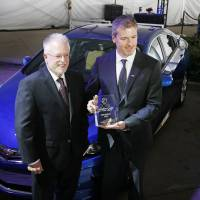 Magazine names '16 Chevy Volt as Green Car of the Year at LA Auto Show