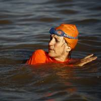 Dutch ambassador swims Nile in Khartoum for Facebook bet